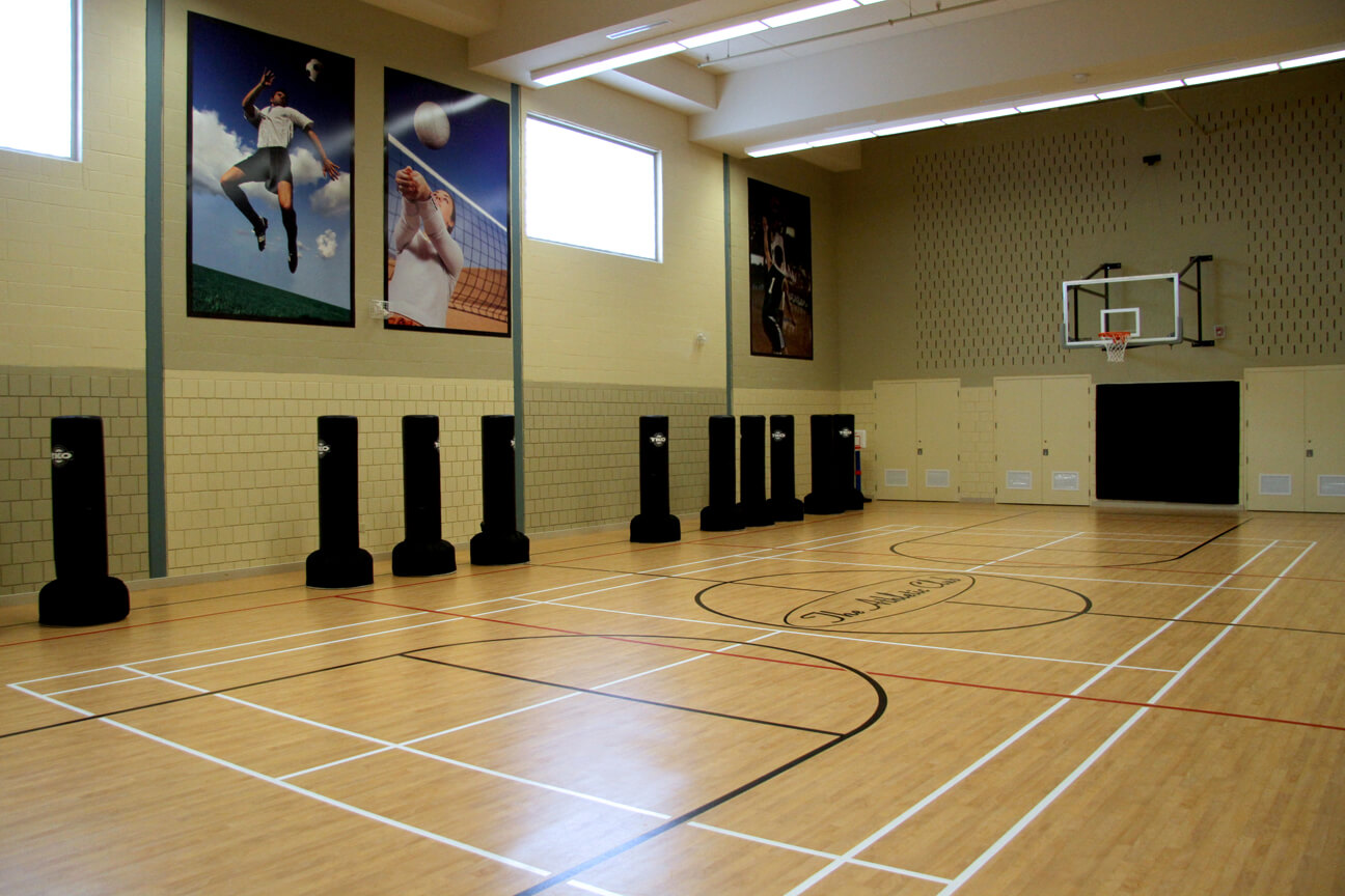 Gymnasium flooring Omnisports 8.3 at Movati Athletic (Kitchener-Waterloo, Ontario)
